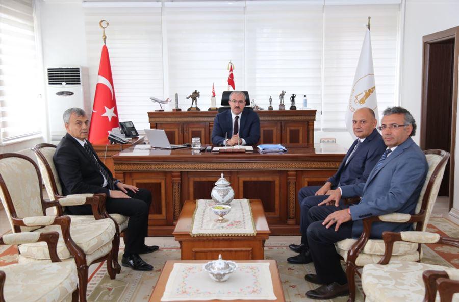 Bölge Müdürümüz Sayın Hüseyin ŞANVERDİ'nin, Kütahya Valisi Sayın Dr. Ömer TORAMAN'a Makamında Ziyaretleri